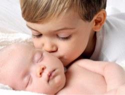 تولد فرزند دوم چه تاثیراتی بر خانواده می گذارد؟