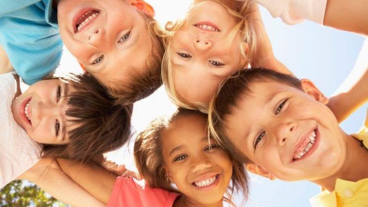 ۱۰ نکته برای پرورش کودک با اخلاق