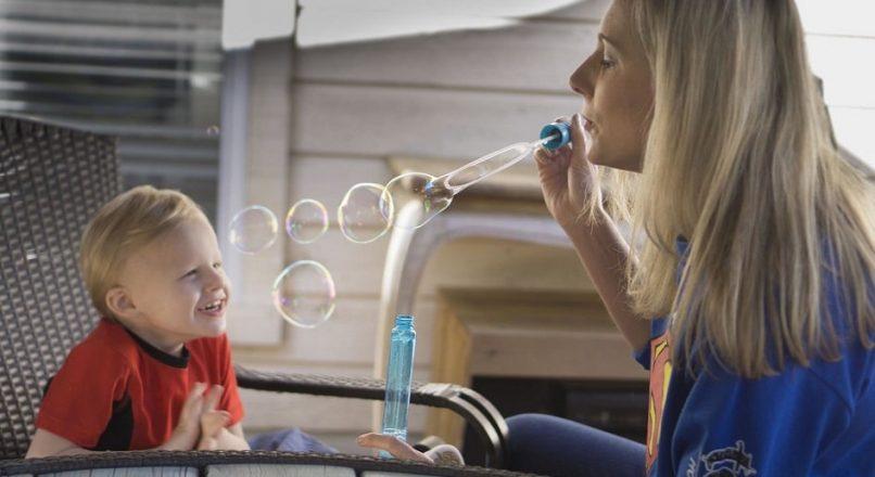 پرستار کودک چگونه باید انتخاب شود؟