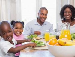 غذا خوردن با کودک چه مزایایی به دنبال خواهد داشت؟